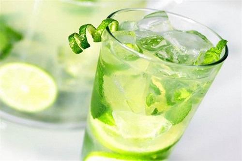 Giảm mỡ bụng hiệu quả bằng nước chanh