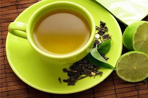 Chanh kết hợp trà xanh phát huy tốt công dụng giảm cân